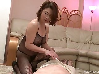 Elder guy gets his dick pleasured off out of one's mind sexy babe Shinobu Igarashi
