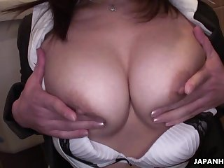 Busty Japanese scorcher with a flimsy pussy masturbating in be transferred to public restroom