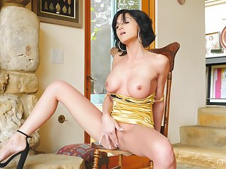Nice tits solo model Taylor opens her fingertips with masturbate overhead hammer away armchair