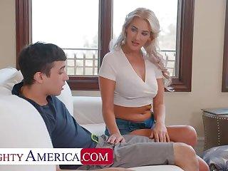 Naughty America: Hot Milf Jordan Maxx wants that young bushwa on PornHD