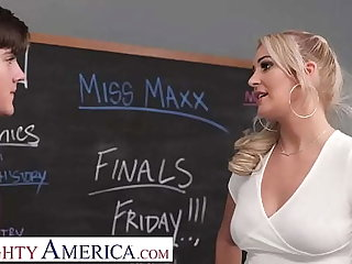 Naughty America - Peaches motor coach Jordan Maxx wants to help her student fulfil success...and erections
