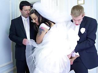 Bride cheat in excess of future hubby оn the wedding girlfriend