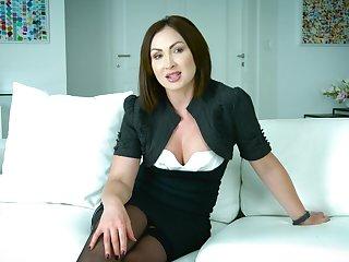 Mouth watering Australian porn actress Yasmin Scott gives an interview