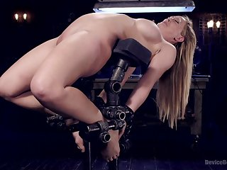 Sex gadget and strong cum are the favorite chattels of Cherie Deville
