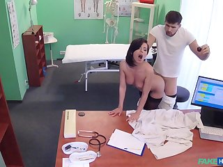 Shady doctor helps stunning Vicky Hallow fuck the pain away